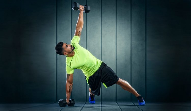 Ефективни упражнения за гърди с дъмбели - домашна тренировка