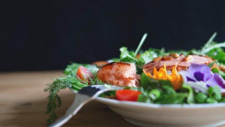 Протеинови салати: рецепти, какво да ядем след тренировка, как да си набавим протеин